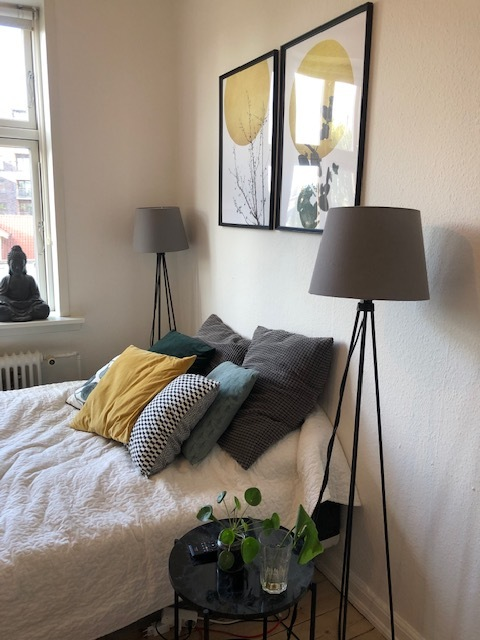 Nice central room for rent