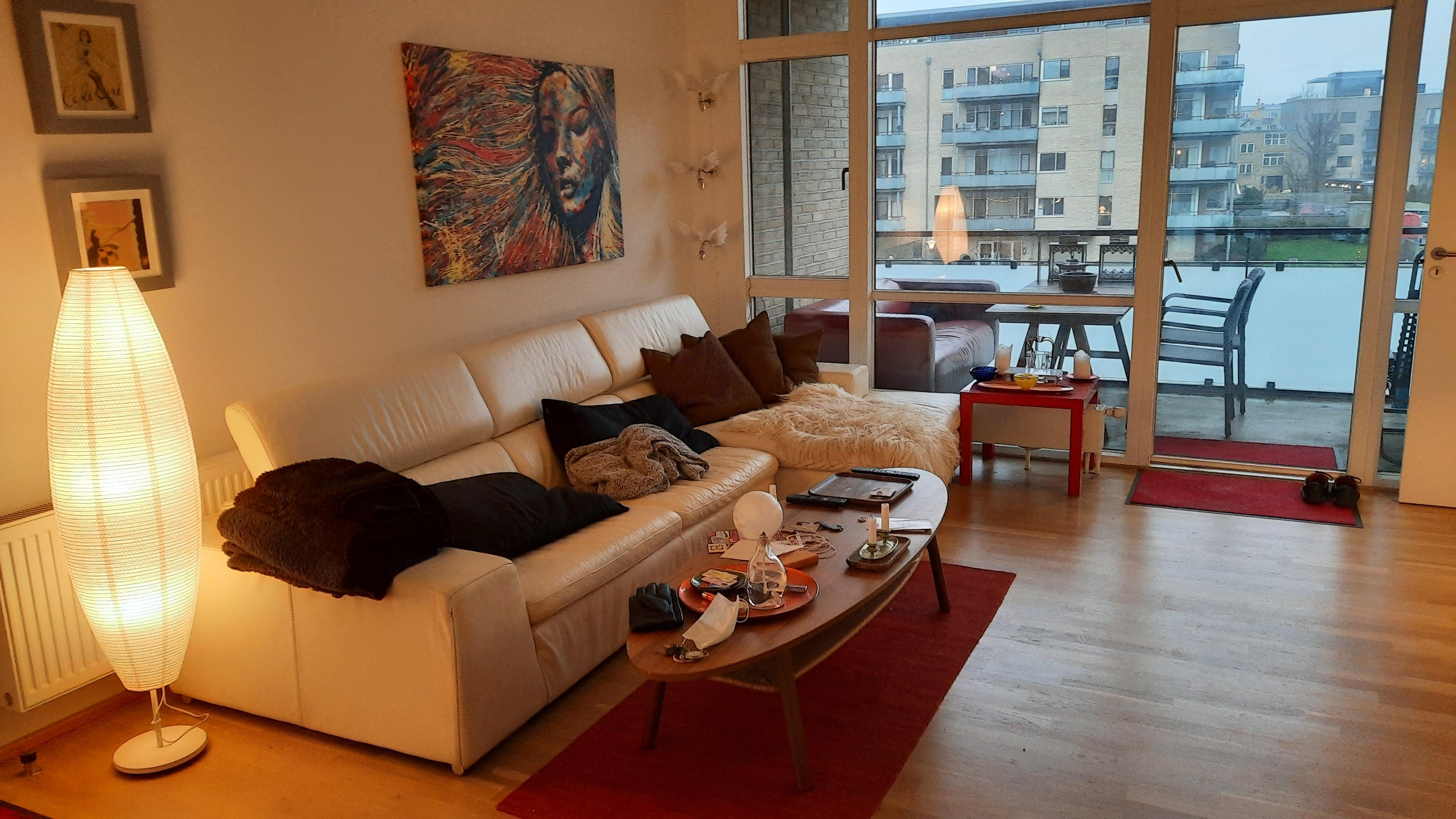 Dejligt værelse 10 m2til leje med Balcon 8 m2