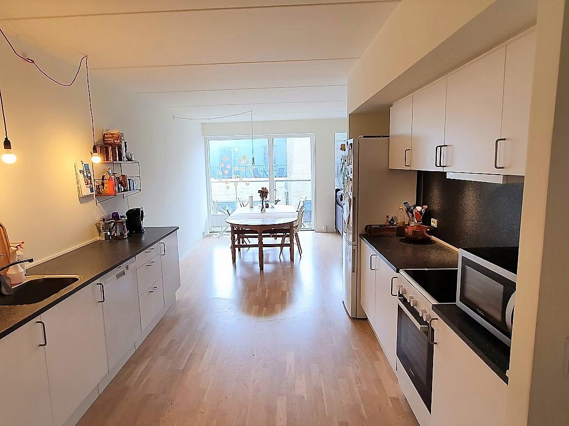 Søger roomie til lys lejlighed i Odense C
