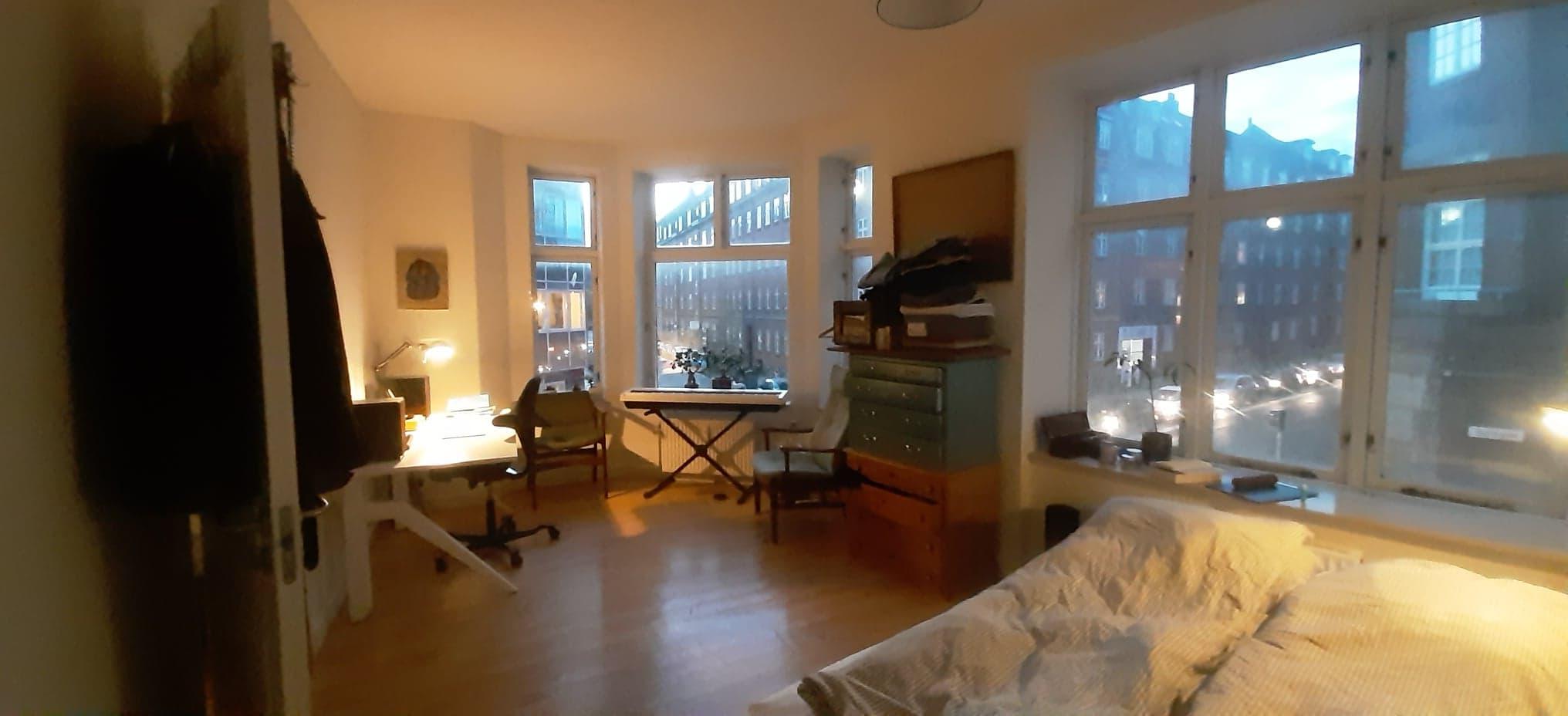 Stort lyst værelse midt i Aarhus C