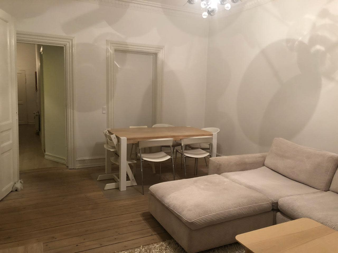 Lovely apartment with balcon for sharing near the frederiksberg garden