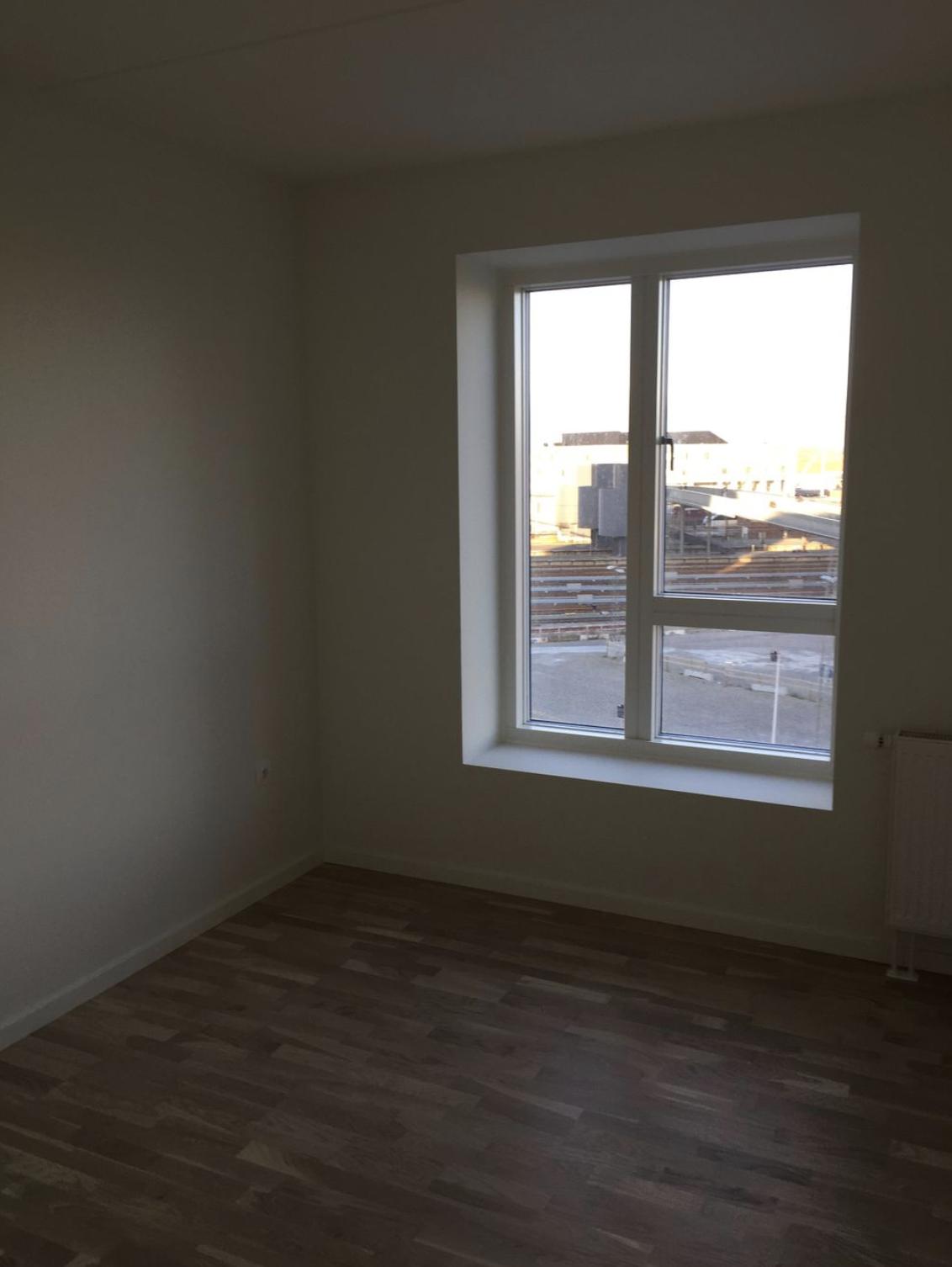 4 værelses lejlighed på 120kvm i midten af odense mangler en roomie