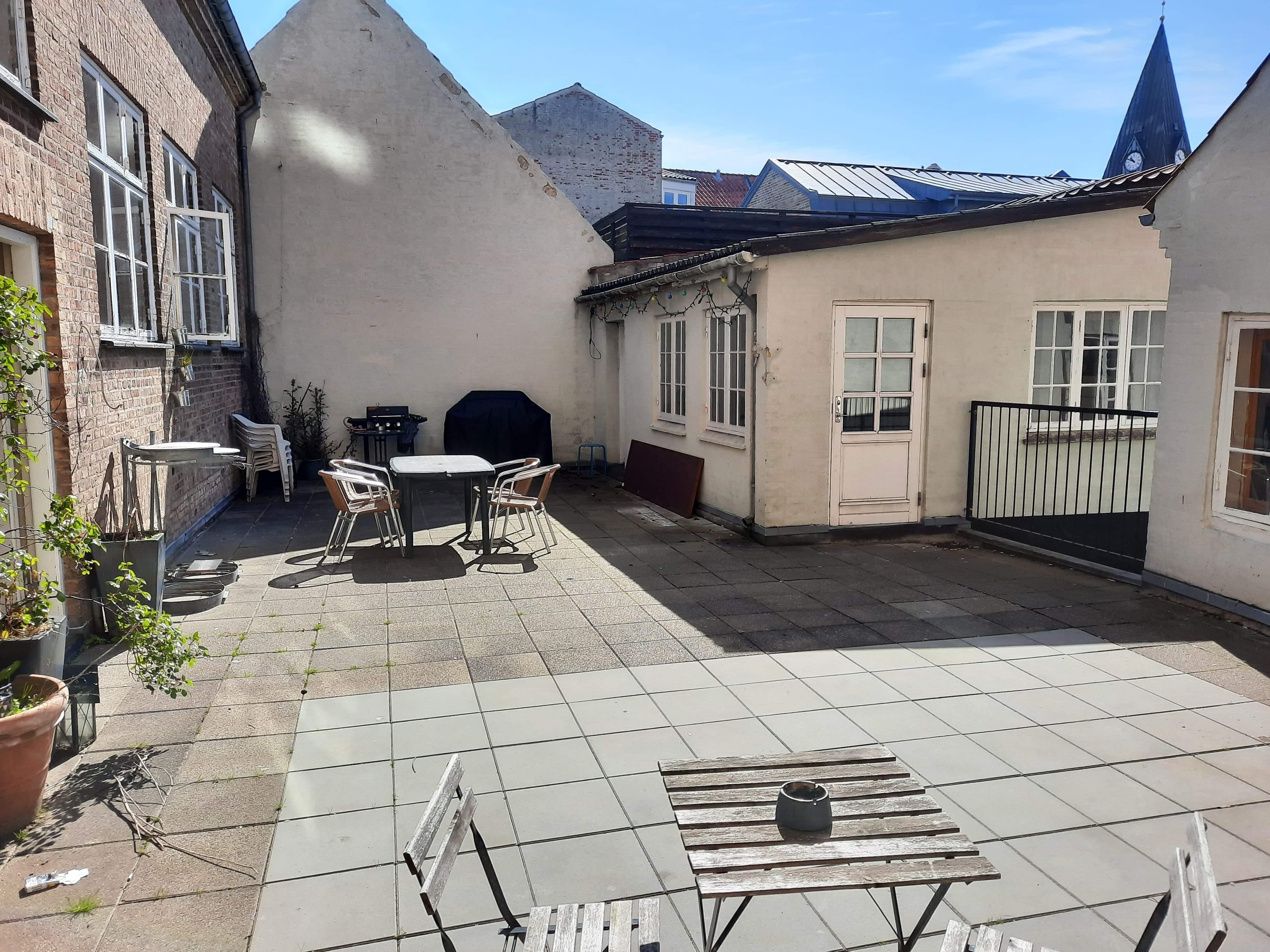 Søger Roommate til Lejlighed midt i Aalborg centrum!