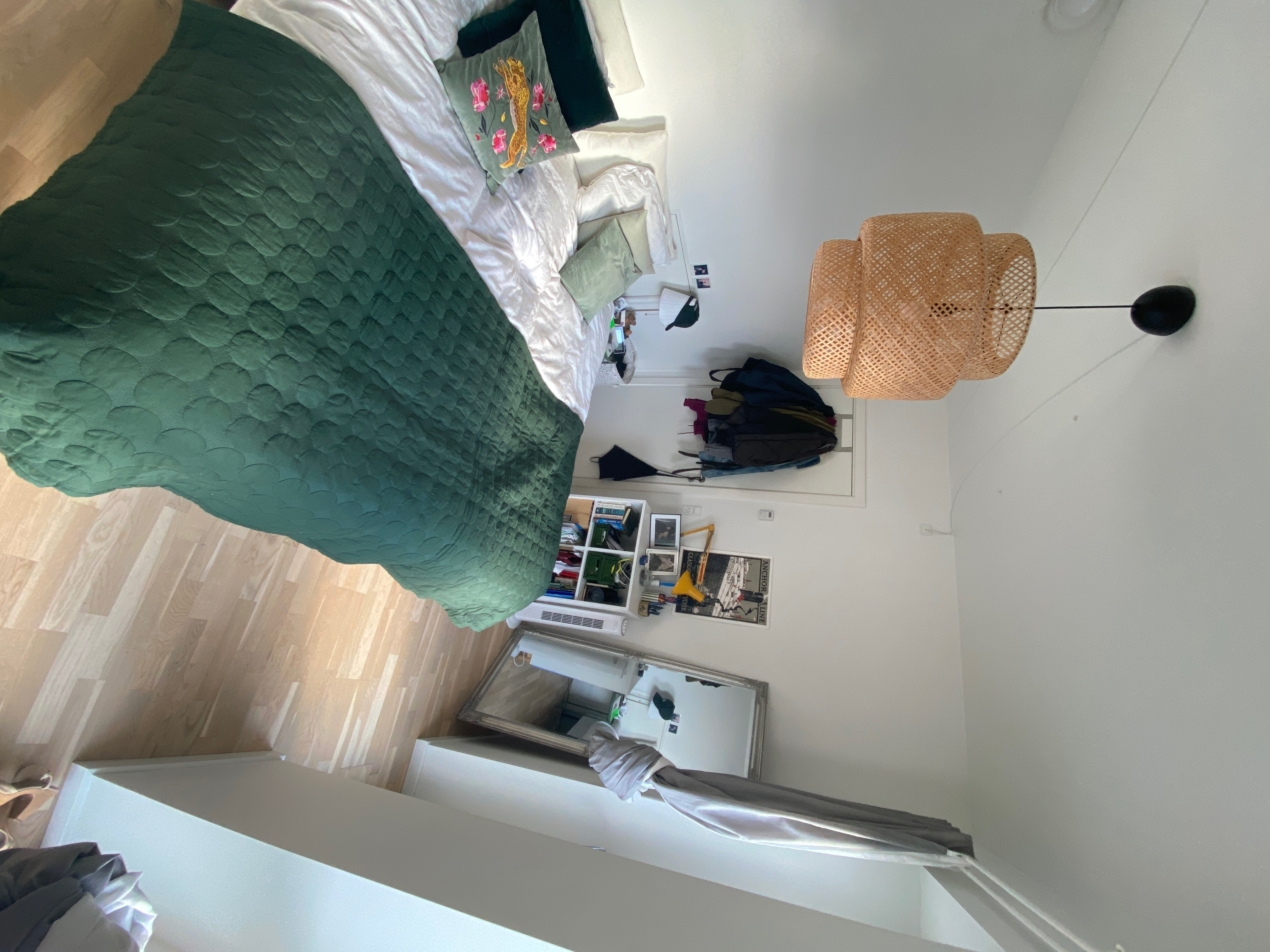 Light and nice room in shared apartment in Copenhagen for rent