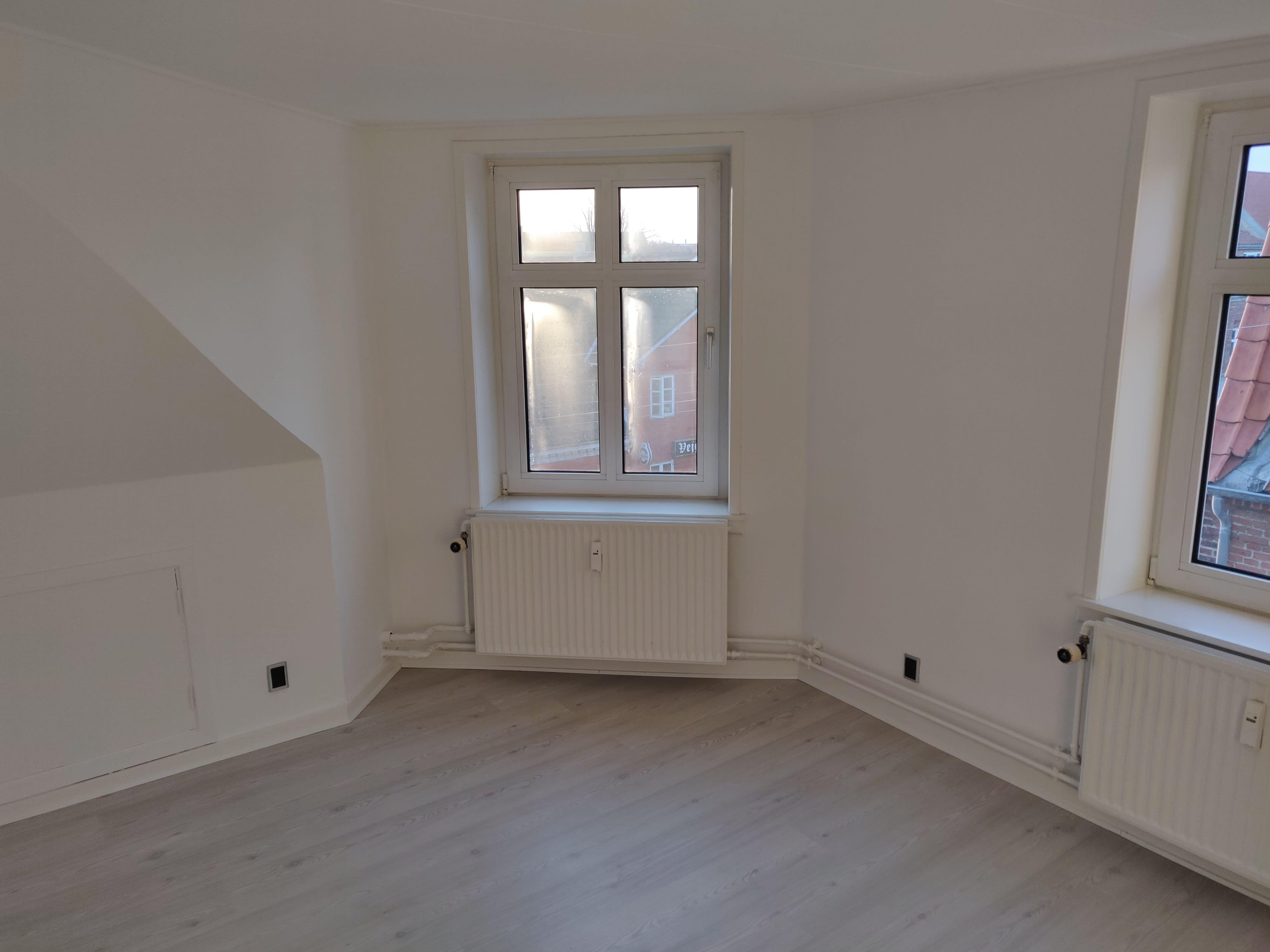 Roomie is looking for a 3-bedroom in Vejgaard
