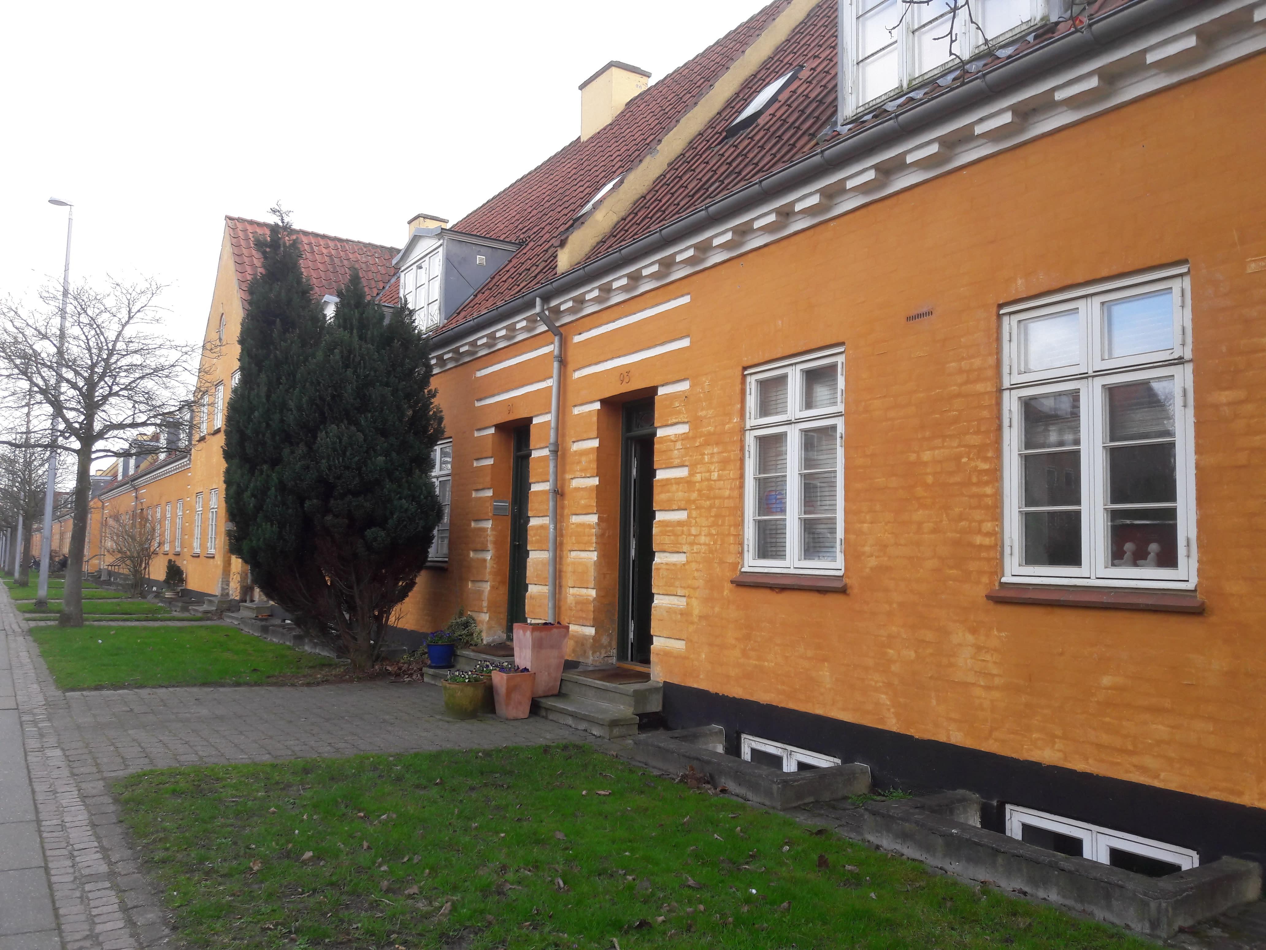 16 kvm. værelse ved Botanisk have og Universitet.
