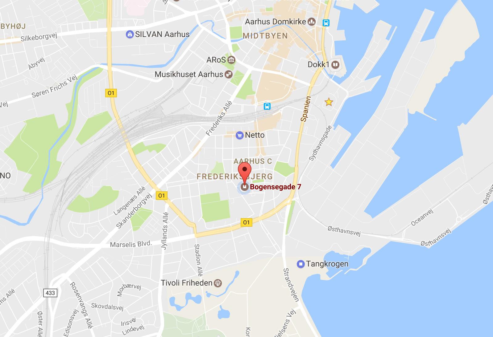 Dejligt, lyst værelse på Frederiksbjerg.