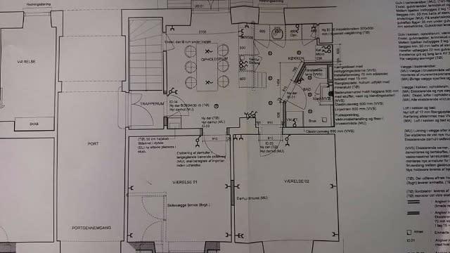 Roomie søges til et stort nyrenoveret værelse i Aarhus C