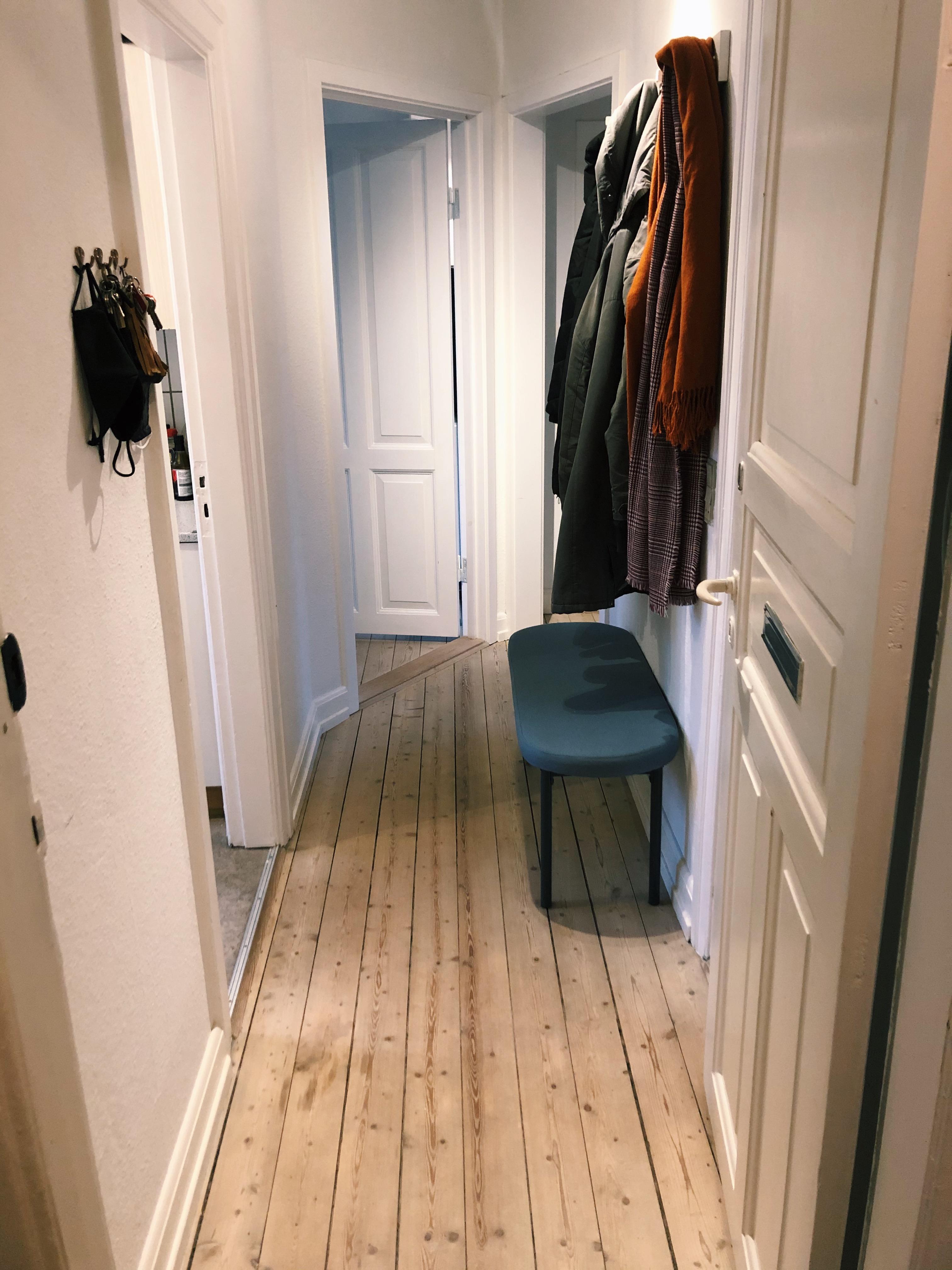 Møbleret værelse udlejes