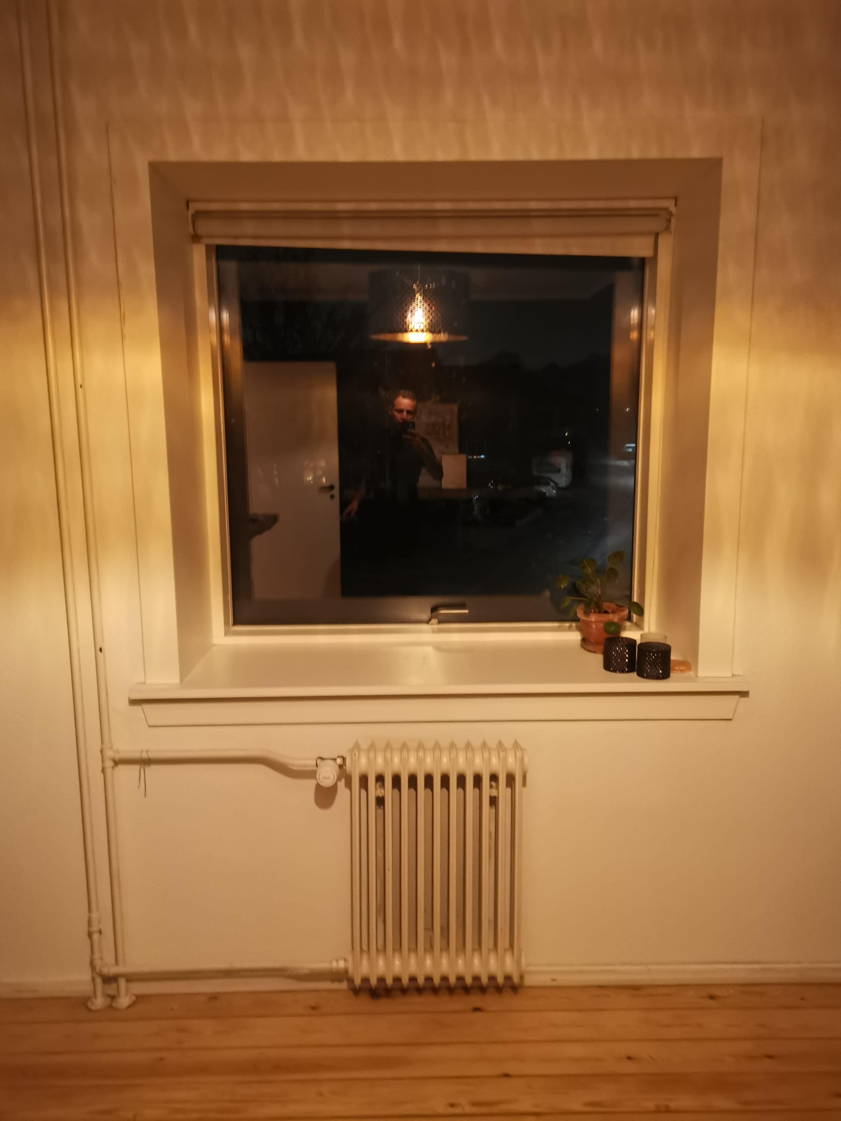 2 værelses lejlighed delvist møbleret
