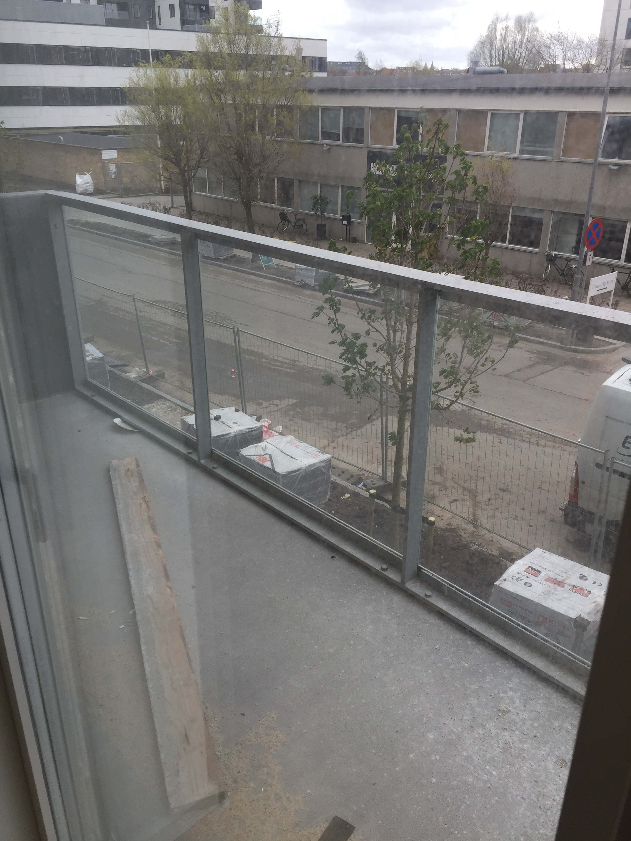 SEARCHING ROOMIE FOR LOOKING APARTMENT IN CERESBYEN 2.5 KM FROM AARHUS UNIVERSITY!