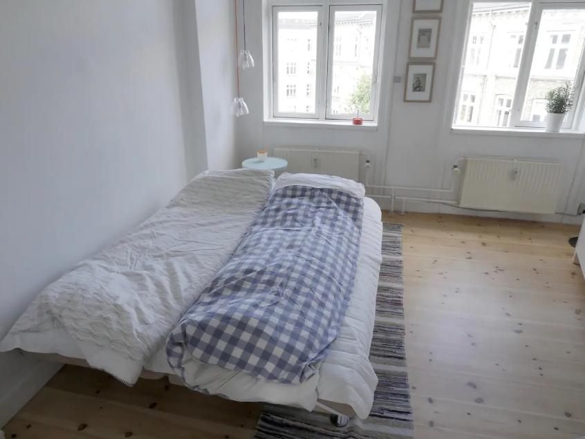 Bright room in spacious apartment