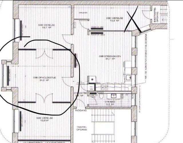 To store værelser til leje