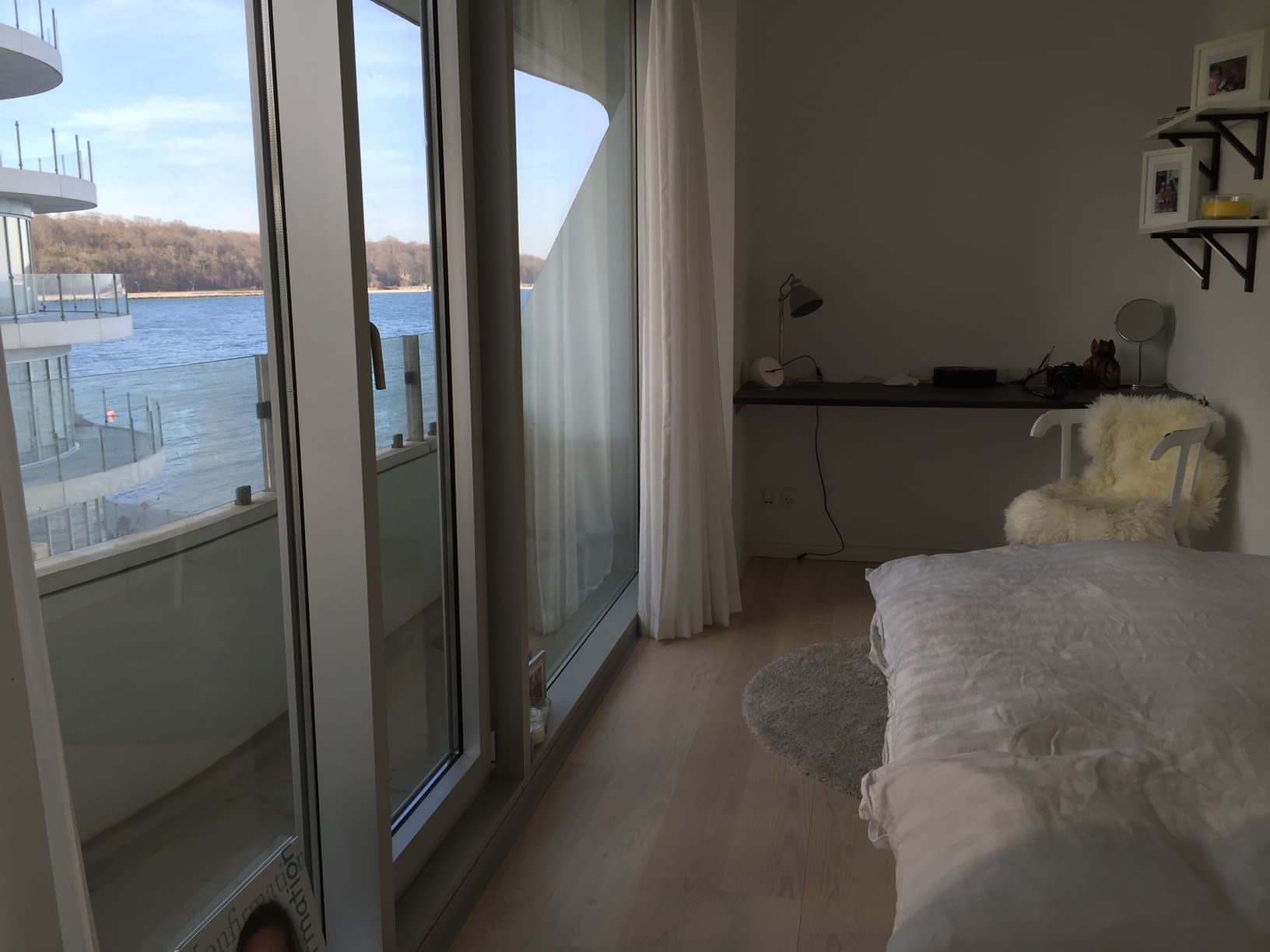 Room with sea view and balcony!