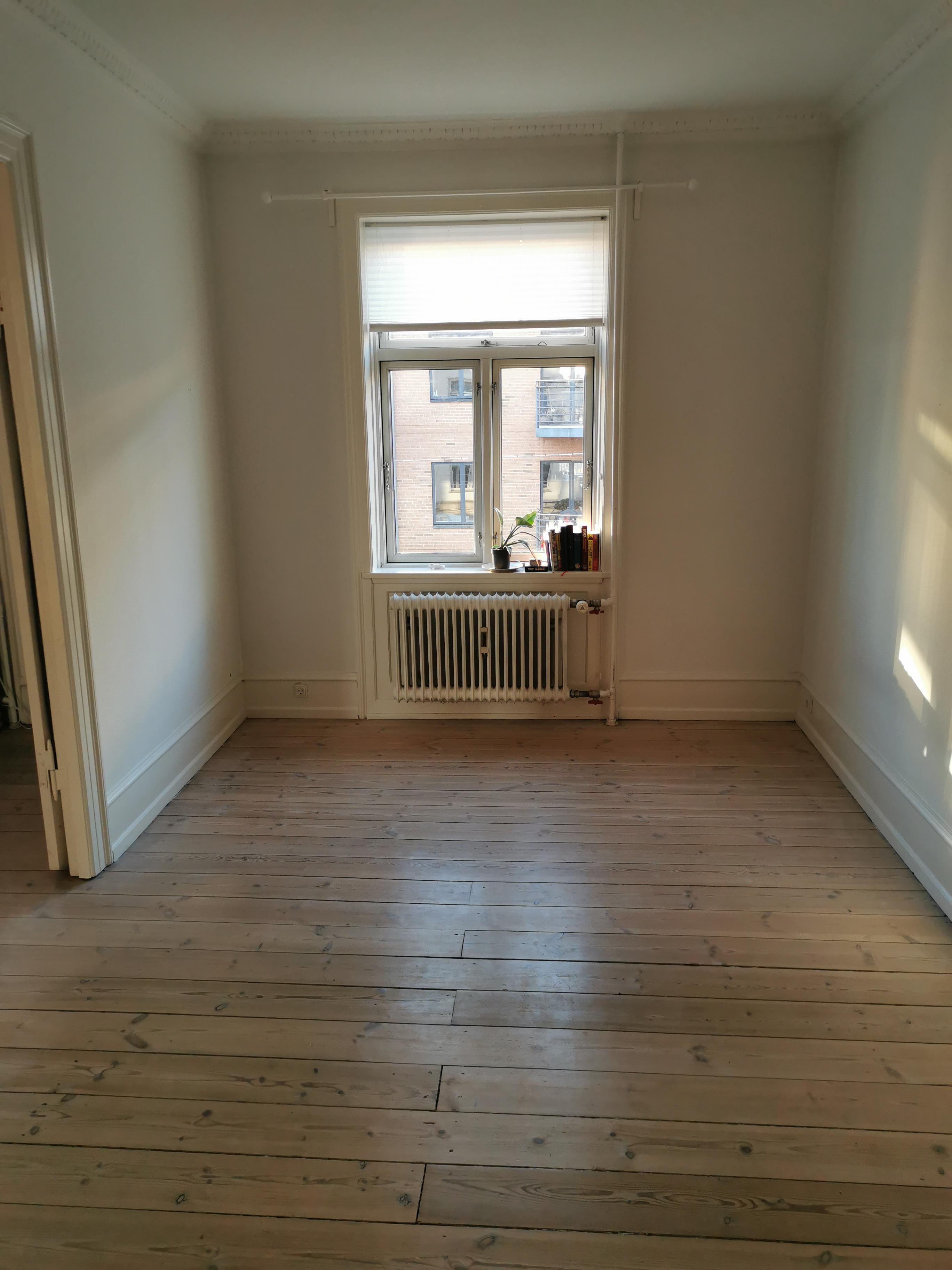 Værelse til leje i lejlighed centralt beliggende på Frederiksberg