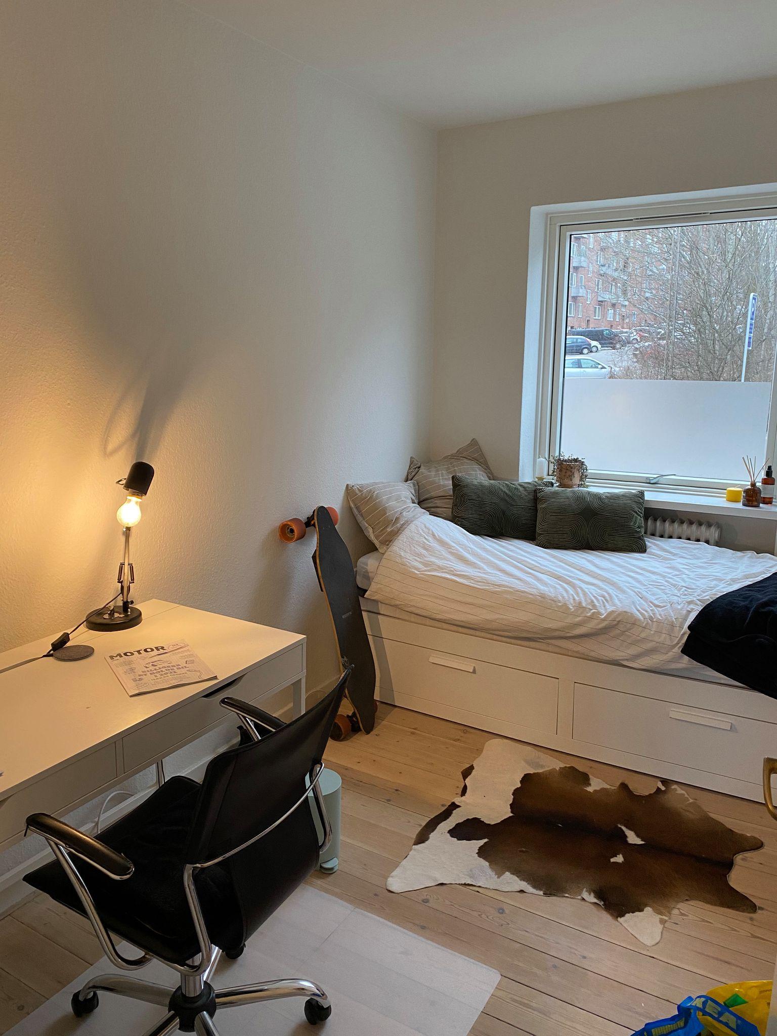 Roommate søges til lejlighed tæt på CBS og VIA