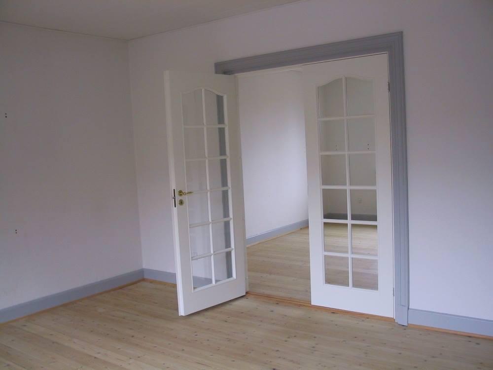 Lyst og lækkert værelse, beliggende i Odense C.