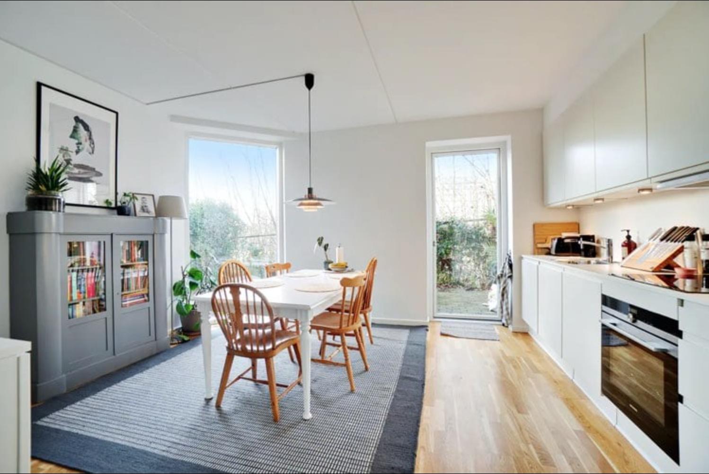 Roomie til lys og lækker 2. etagers lejlighed i Aarhus C søges