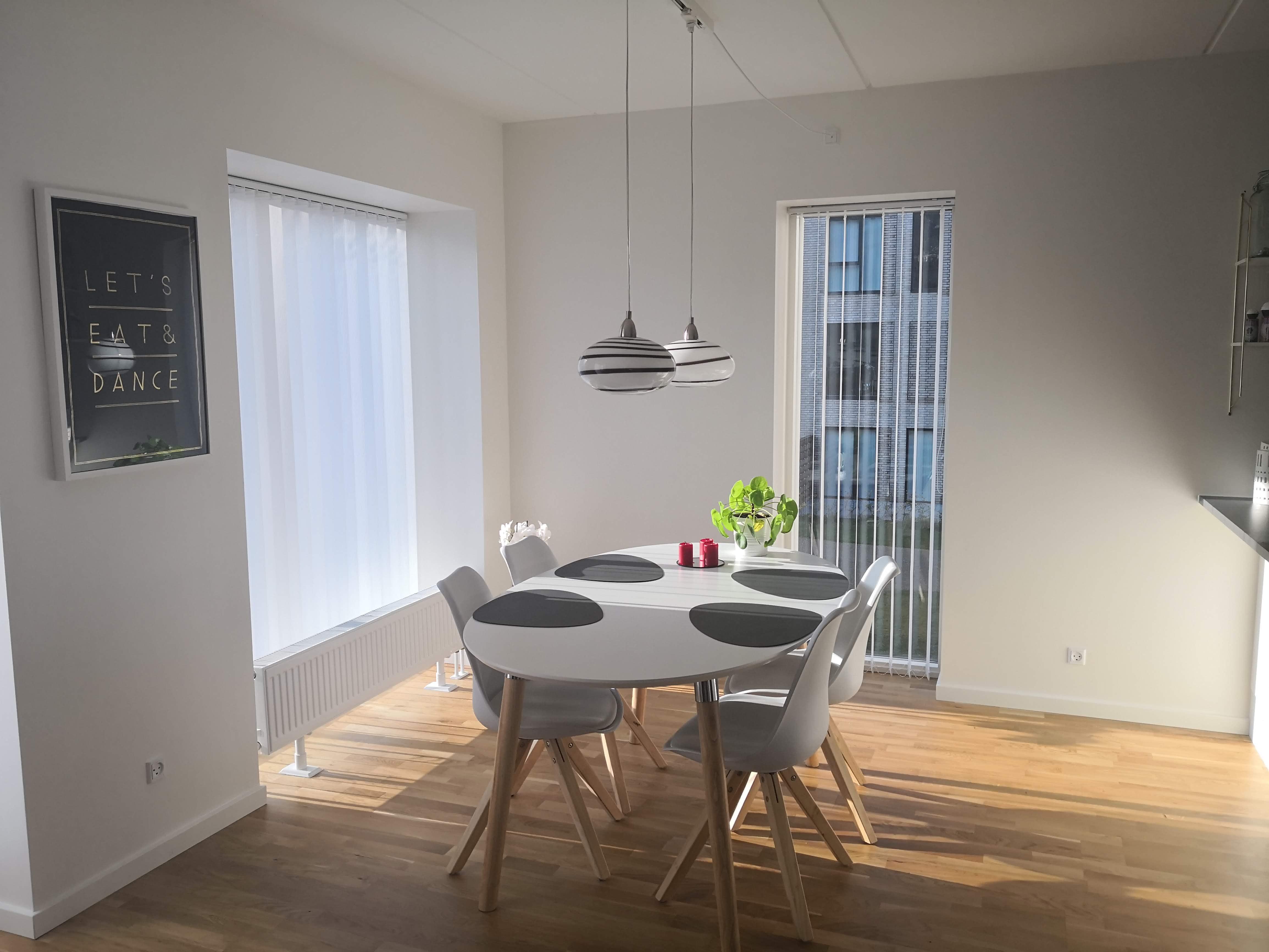 Værelse i ny 94 m2 lejlighed Eternitten, i et lækkert og stille område