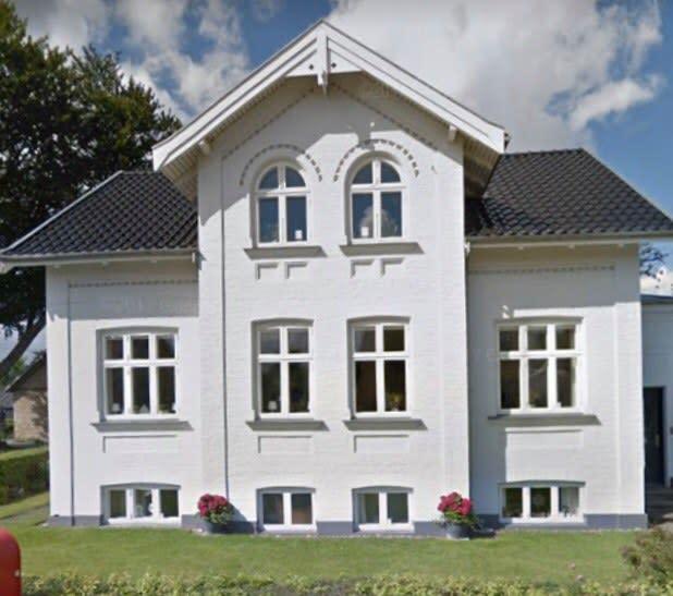 Ledigt værelse på 1. sal i hus i Hunderup-området.