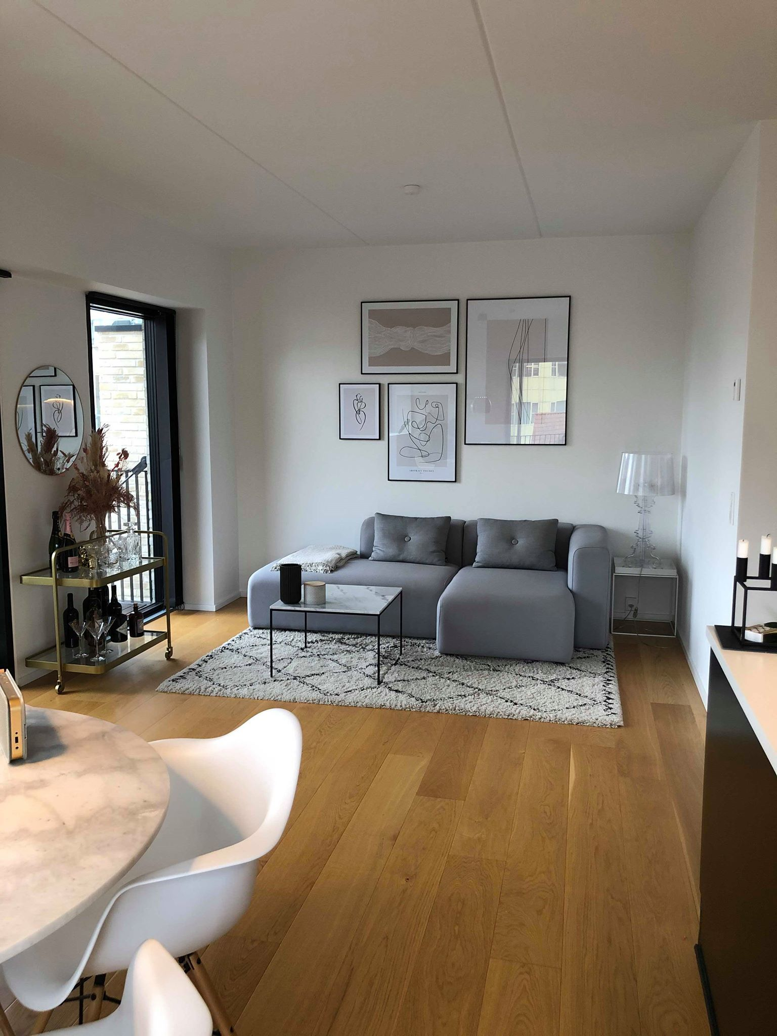 ROOM TO RENT AS SOON AS POSSIBLE, LAST PR. APRIL 1