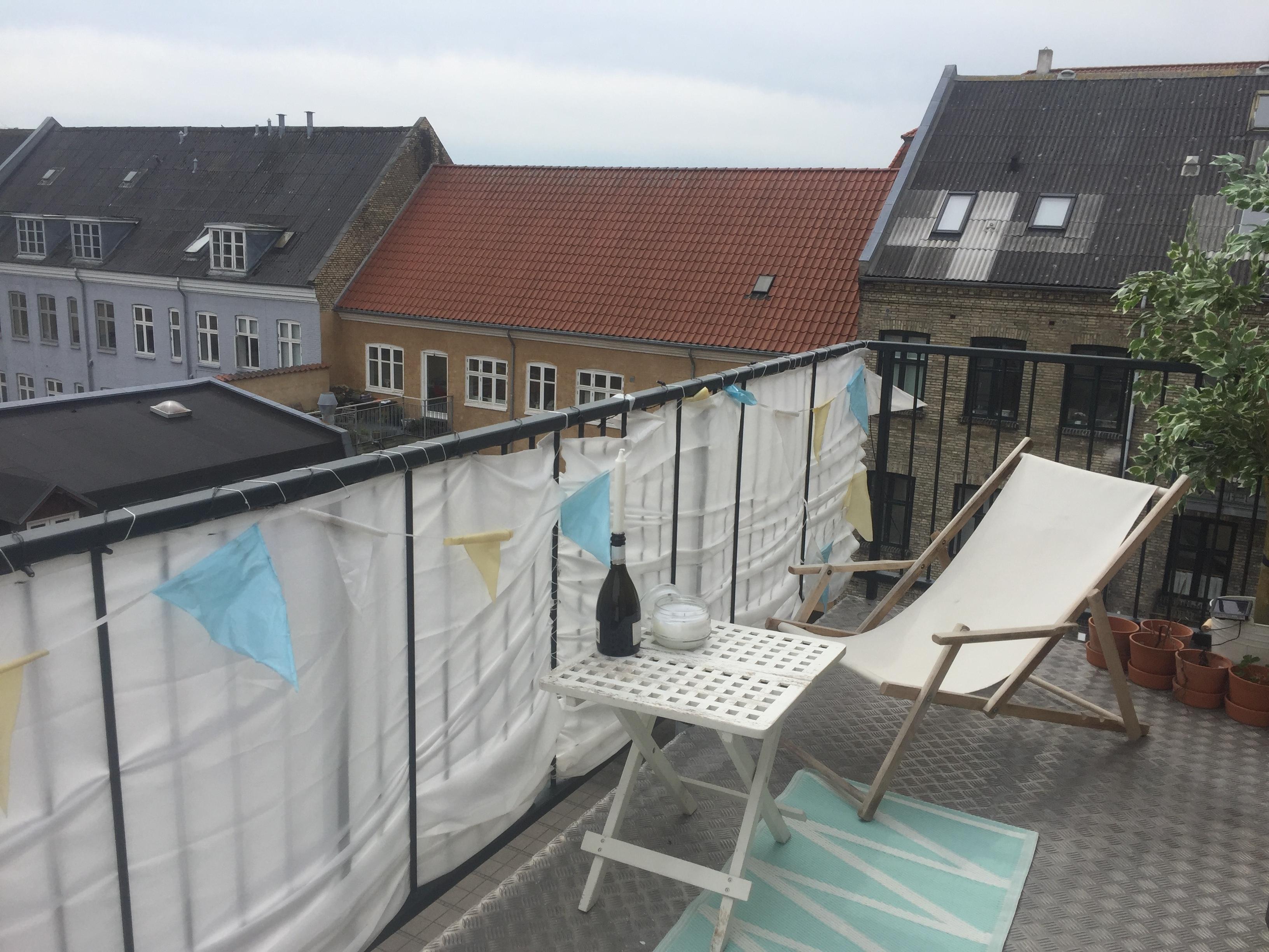 Fremleje af værelse i 136kvm lejlighed på Jernbanegade i teaterkvarteret.